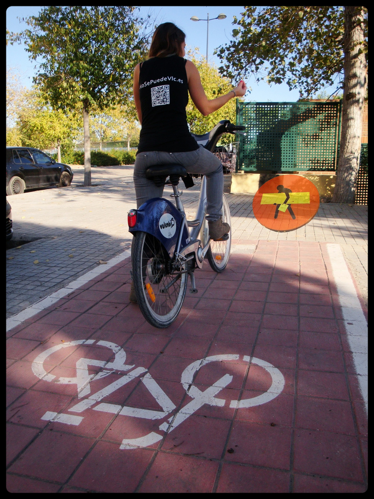 carril bici photo