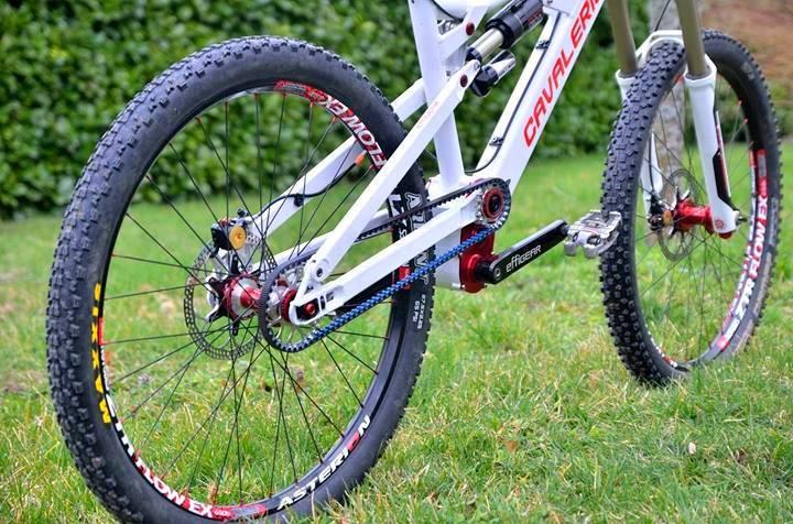 Bicicleta correa dentada