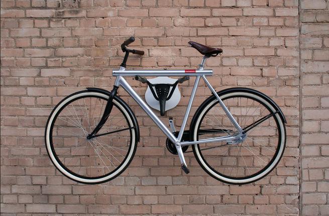 14 formas atractivas e inteligentes para almacenar tu for Como guardar la bici en un piso