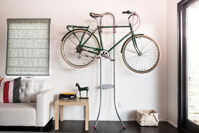 14 formas atractivas e inteligentes para almacenar tu - Como guardar bicis en un piso ...